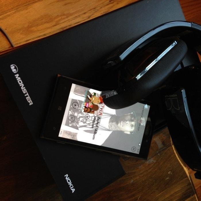 Lumia 925 + Purity Pro Headphones