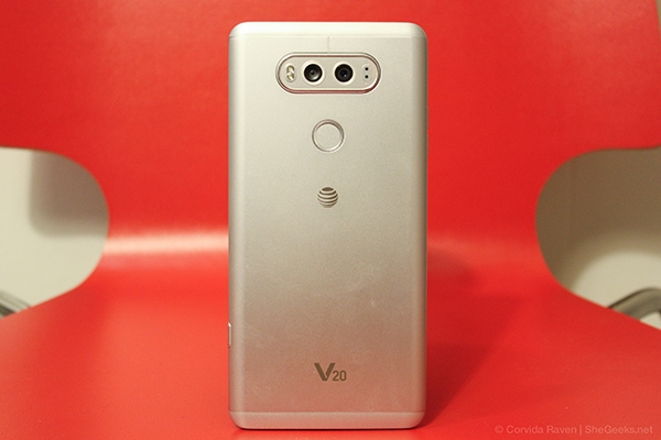 pretty nice 7641e 35f02 LG V20 Review: High Quality Performance at a High Cost – SheGeeks