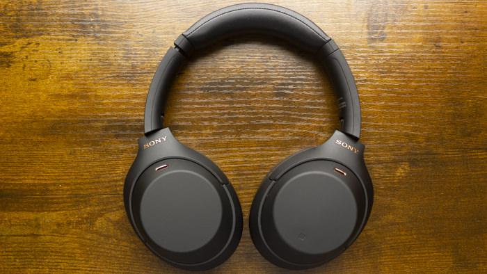 Sony WH-1000XM4 noise cancelling headphones